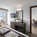 Suite Sea View Room - Kapetanios Limassol Hotel