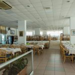 Kapetanios Bay Hotel - Captains Table Restaurant