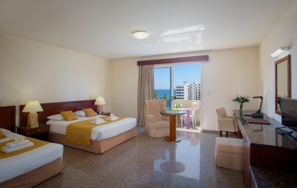 Kapetanios Limassol Hotel - Family Room