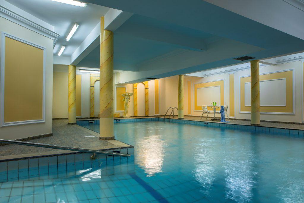 Kapetanios Limassol Hotel - Indoor Swimming Pool